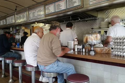 Paterson Diner Closing After More Than 70 Years