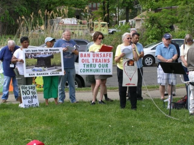"The ""Bridge over Troubled Oil"" rally is organized by The Coalition to Ban Unsafe Oil Trains. Shown, a previous demonstration."